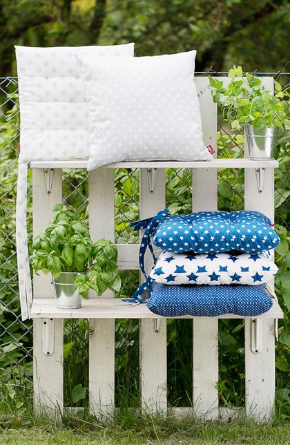 Sitzkissen im Garten
